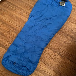 REI Radiant 19 Sleeping Bag NEW for Sale in Los Angeles, CA