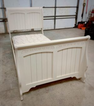 Twin Size Bed Frame for Sale in Bismarck, ND