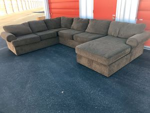 XL Three Piece sectional couch living room for Sale in Phoenix, AZ