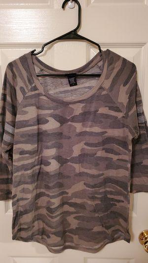 Camo 3/4 sleeve shirt for Sale in West Jordan, UT