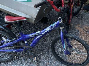Swinn Dirt Bike for Sale in Zelienople, PA