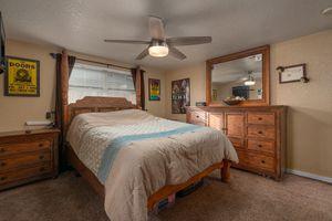 Queen bedroom set for Sale in New Port Richey, FL