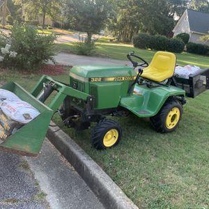 John Deere 322 Garden Tractor !! for Sale in Loganville, GA