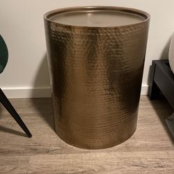 Cylinder Drum Accent Table for Sale in Seattle,  WA