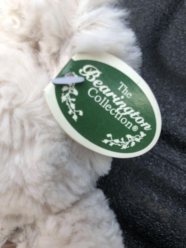 Bearington Bear Huggles Creamy White plush stuffed animal Teddy Bear