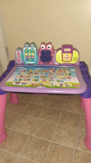 Touch & Learn Activity desk deluxe for Sale in Hartford, CT