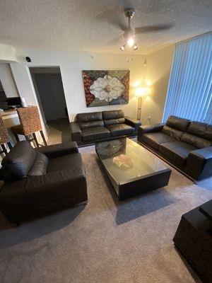 Leather sofa living room set for Sale in Davie, FL