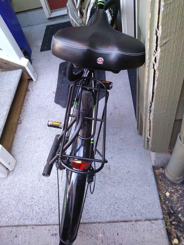 Schwinn Men's Commuter Bike, Black
