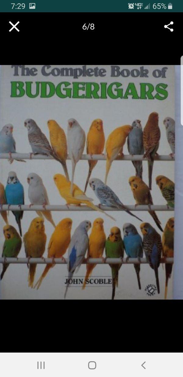 Book(Australian Parakeets)