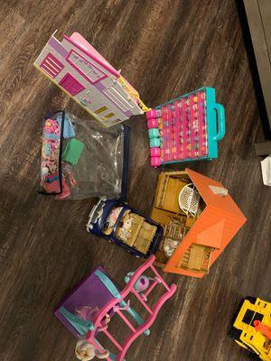 Lot of girl toys for Sale in Pembroke Pines, FL