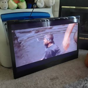 40 inch 1080p tv for Sale in Littleton, CO