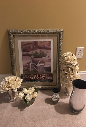 Frame and vases and silk flowers. Great for decorating a room! for Sale in Beaver, PA