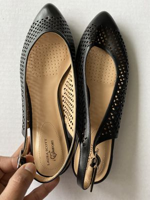 $10 each2 pairs Laura Scott wedge and strip Sandles9.5 M black for Sale in West McLean, VA