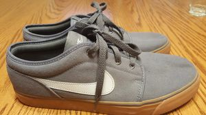 Nike Toki Low TXT Canvas Shoes Grey/Gum Size 9.5 for Sale in North Royalton, OH