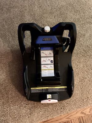 Doona car seat base for Sale in Seattle, WA