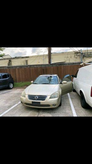 2002 Nissan Altima... Runs Gr8!! for Sale in Houston, TX