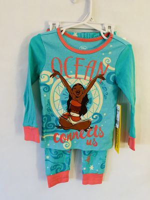 Disney Moana Size 2T for Sale in Garden Grove, CA