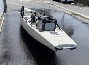 2017 Hobie Mirage Pro Angler 14 for Sale in Los Angeles, CA