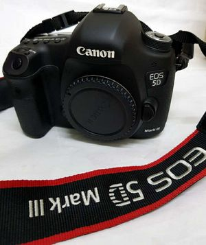 Canon Eos 5D for Sale in San Francisco, CA