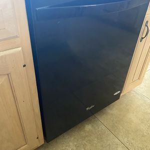 "Dishwasher 24"" Like New for Sale in Boca Raton, FL"