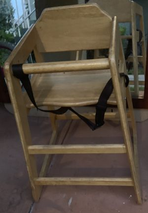 Kids wooden high chair for Sale in Kissimmee, FL
