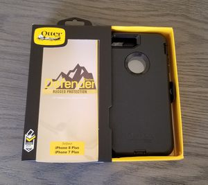 iPhone 8 Plus 7 Plus Otterbox Defender Case with belt clip holster black for Sale in Canyon Country, CA