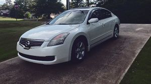 very power nissan altima 2008 for Sale in Windsor, ON
