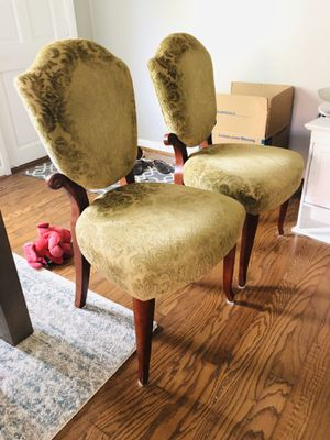 Dining table accent chairs set of 2 for Sale in Tampa, FL