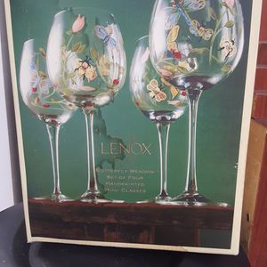 Wine Glass, Set of 4 for Sale in Long Beach, CA