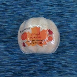 Spiced Pumpkin Bath Bomb for Sale in Brainerd, MN