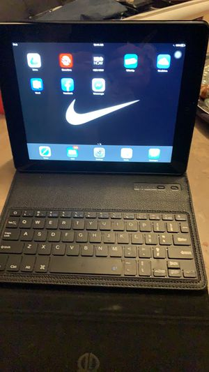 Practically brand new I-PAD with case/keyboard for Sale in Indianapolis, IN