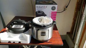 Instant pot 7-in-1 PROGRAMMABLE pressure cooker 8qt missing steam basket for Sale in Fullerton, CA