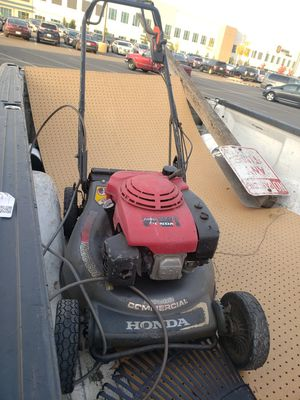 Honda Commercial Lawn Mower. HRC 216. Works Great. for Sale in Tacoma, WA