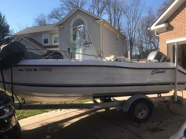 2002 Stripper 18' Center Console
