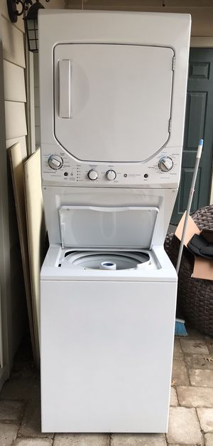 GE stackable washer/dryer for Sale in Alexandria, VA
