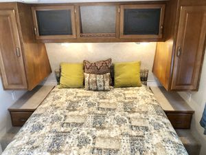 04 Prowler 24ft Bunk House Lite Camper for Sale in Mesa, AZ