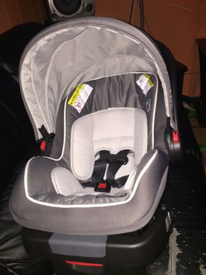 Graco Car seat for babies for Sale in Durham, NC