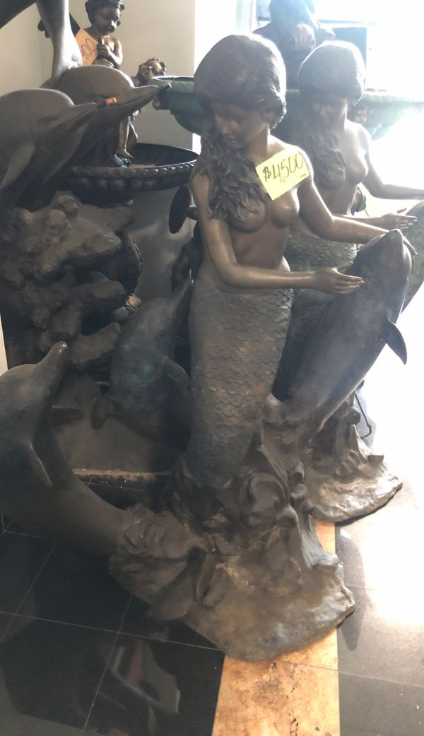 "artwork ""sirenna"" fountain statue"