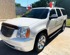 2011 GMC Yukon XL//Down 1990 o trade in // not parting out for Sale in Houston, TX