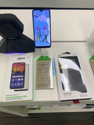 Samsung Galaxy A10e bundle for Sale in Abilene, TX