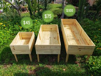 Raised Garden bed, raised planting box, raised beds, farming, wood planters, planting, yard decoration, flower garden, wood pots, plants, landscape for Sale in Pompano Beach,  FL