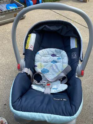 Car seat for Sale in Elgin, IL