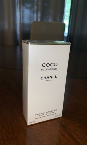 Coco Chanel Mademoiselle Lotion for Sale in San Bernardino, CA