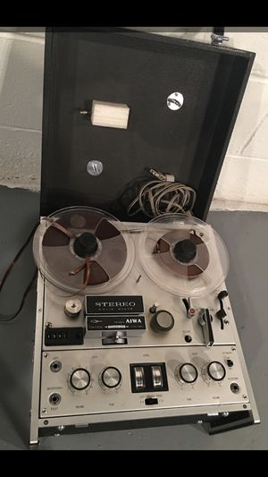 Reel to Reel Vintage AIWA 4 track stereo studio recorder TP-1001 home pro audio analog 1960 for Sale in Hialeah, FL