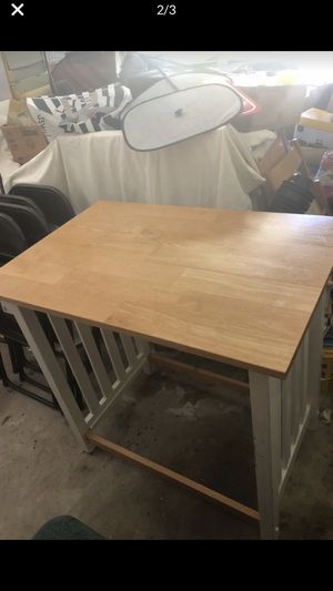 Small table and two stools for Sale in SIENNA PLANT, TX