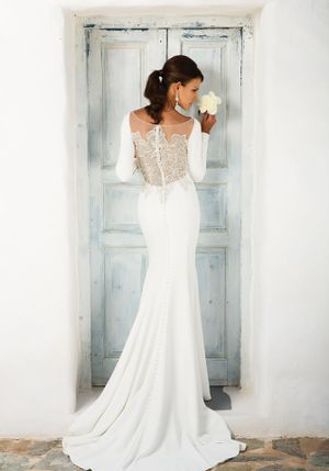 Justin Alexander Pre-owned Bridal Gown Style 8936 for Sale in Arlington, VA