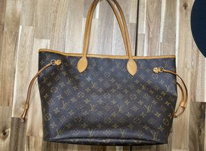 Authentic Louis Vuitton Monogram Neverfull MM Tote Bag for Sale in Modesto, CA