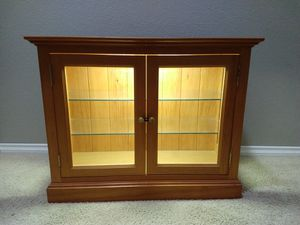Curio / Display Cabinet for Sale in Murrieta, CA