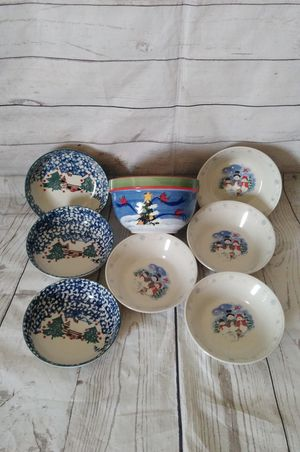 Bundle : Folkcraftth & Stoneware Bowls ( excellent condition ) price for all .. for Sale in Frederick, MD