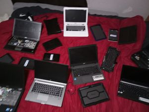 About 10 laptops ,10 tablets,bunch of cases ,s, and about 50 phones and hard drives and more . for Sale in Wichita, KS